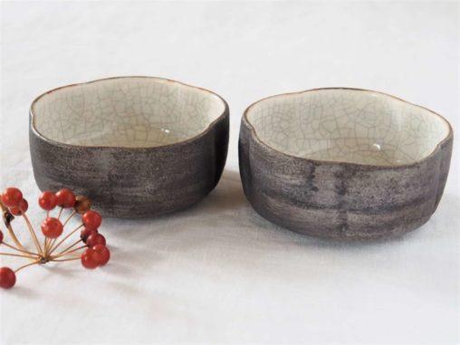 谷井直人白×黒筒花小鉢