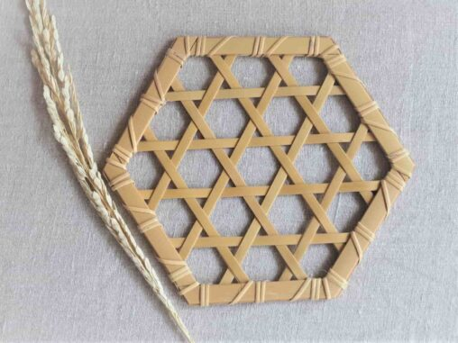 やまざきようこ六ッ目編みコースター
